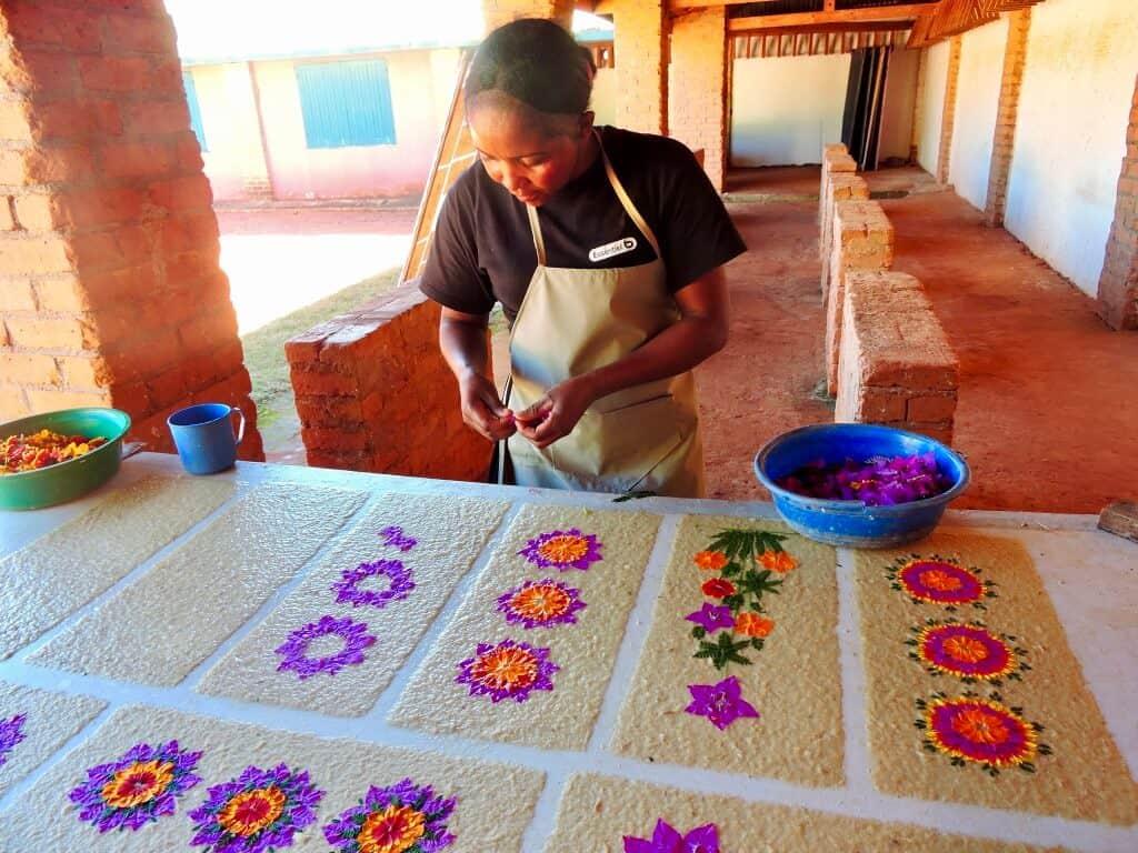 Madagascar flower paper